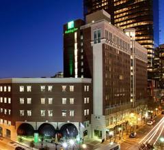 Holiday Inn Charlotte Center City 2