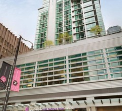 Coast Coal Harbour Vancouver Hotel by APA 1