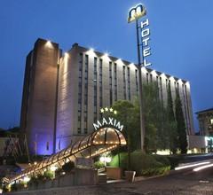 Hotel Maxim 1