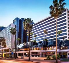 Renaissance Long Beach Hotel 1