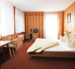 Hotel & Gasthof Zur Linde 1
