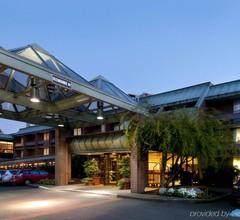 University Place Hotel & Conference Center 2