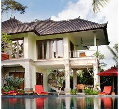 Suara Air Luxury Villa Ubud 1