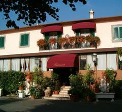 Hotel Squarciarelli 1