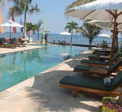 Kelapa Lovina Beach Villa 1