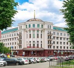 Crowne Plaza Minsk 1