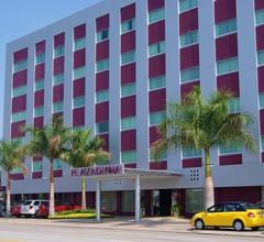 Plaza Diana Hotel 1