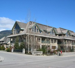 Whistler Vacation Club at Twin Peaks 1