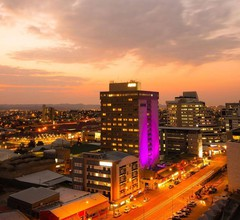 Avani Windhoek Hotel & Casino 1