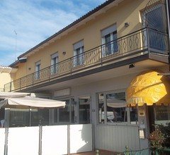 Hotel Gronda Lagunare 2