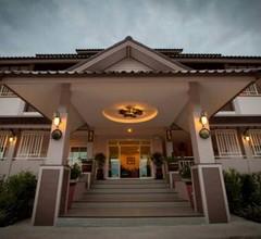 Chiang Kham Grand Villa 1