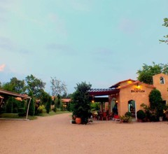 Villa Tuscany Country Resort 1