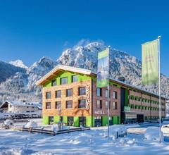 Explorer Hotel Berchtesgaden 1