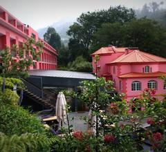 Hotel Quinta da Serra 1