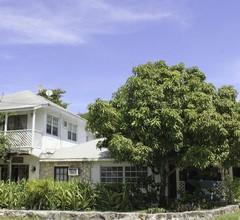 Tingum Village Hotel 1