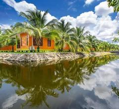 Coconut Resort 2