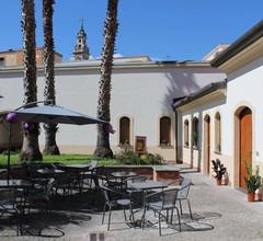 Pompei Hostel Suites & Breakfast Deluxe 2
