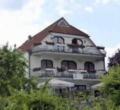 Hotel garni An der Seepromenade 1