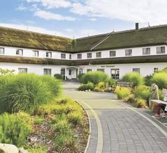 Reit- und Freizeithotel Friesenhof 1