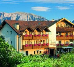 Hotel Dolomitenblick 1