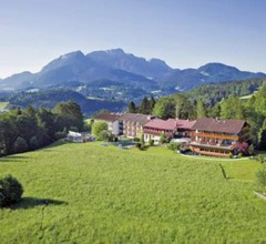 Alm- & Wellnesshotel Alpenhof 1