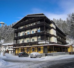 Hotel am Steinbachtal 1