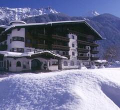 Alpenhotel Fernau 1