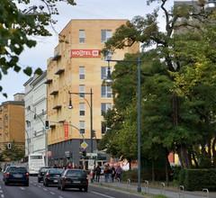 MEININGER Hotel Berlin Alexanderplatz 2