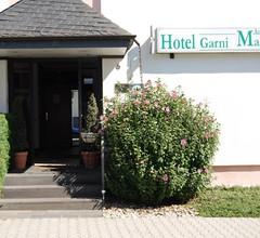 Hotel Am Martinsberg 2