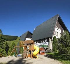 Pytloun Wellness Hotel Harrachov 2