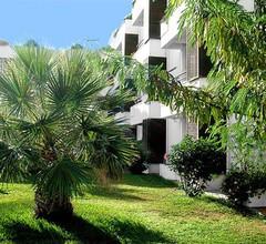 Luamar Aparthotel 1