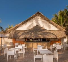 Tropical Princess Beach Resort & Spa 1