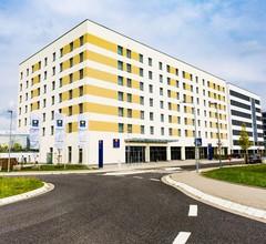 Comfort Hotel Frankfurt Airport West 2