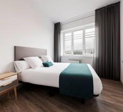 Lux Apartamentos Santiago 1