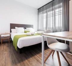 Lux Apartamentos Santiago 2