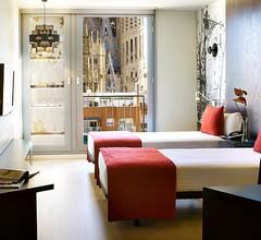 Ayre Hotel Rosellon 1