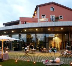 Qgat Restaurant Events & Hotel 1