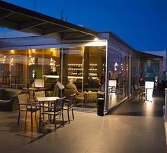 Maria Nova Lounge Hotel 1