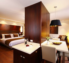 Hotel Reina Isabel 1