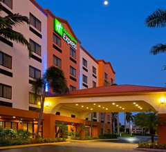 Holiday Inn Express & Suites Ft. Lauderdale Airport West 1
