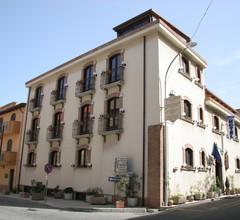 Hotel U'Bais 2