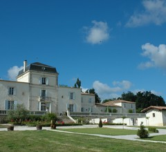 Chateau De Lantic 2