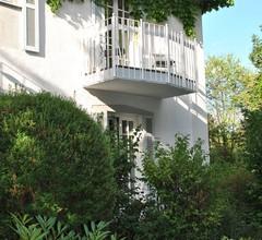 Villa am Schloßpark 1