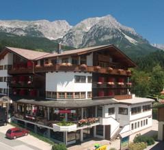 Hotel Alpin Scheffau 2