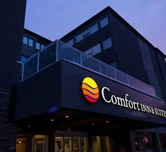 Comfort Inn & Suites Downtown Edmonton 1
