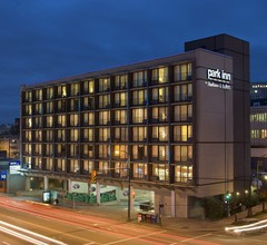 Park Inn And Suites By Radisson Vancouver, Bc 1