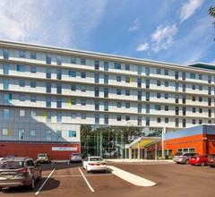 Laguardia Airport Hotel 2