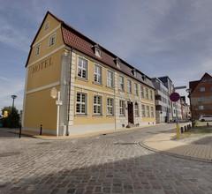 Altes Hafenhaus 1
