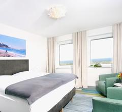 Beach Hotel California 2