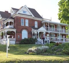 Niagara Grandview Manor 1